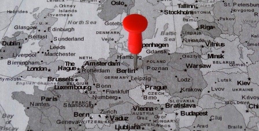 CriptoNoticias La Adopción Bitcoin Divide Europa