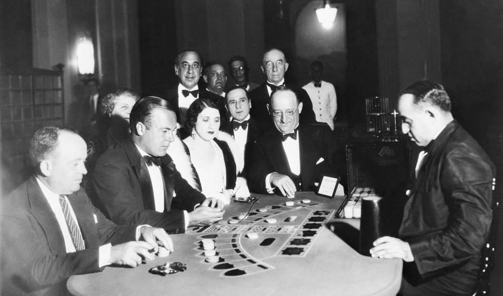 mafia, italia, bitcoin, criptomonedas, senado, casinos, lavado, dinero