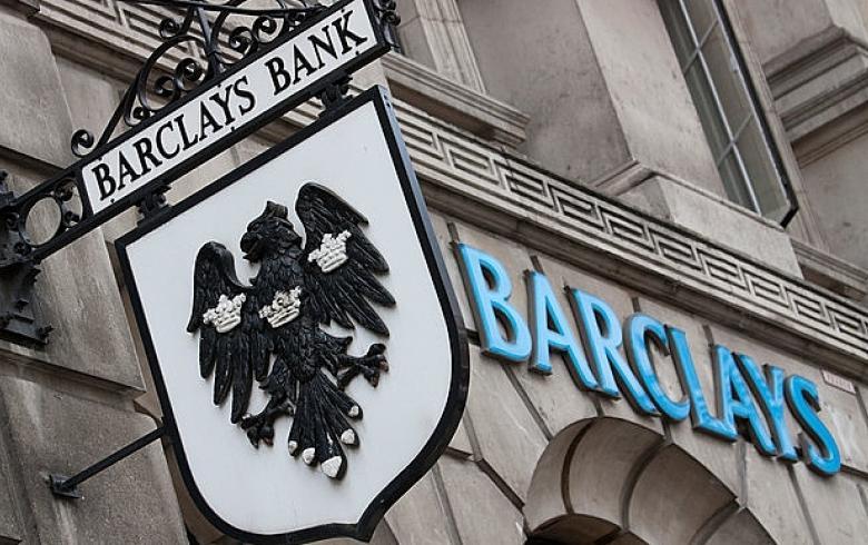 barclays-reune-startups-reguladores-discutir-adopcion-criptomonedas-servicios-bancarios
