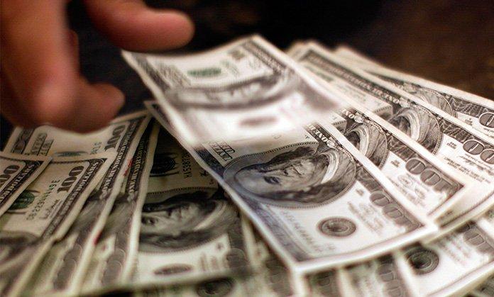 dolares-bitcoin-venezuela-divisas