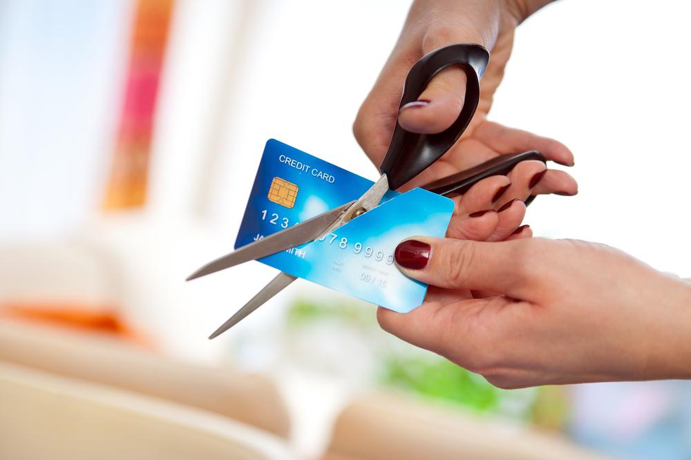 lloyds bank-criptomonedas-bancos-regulación-endeudamiento