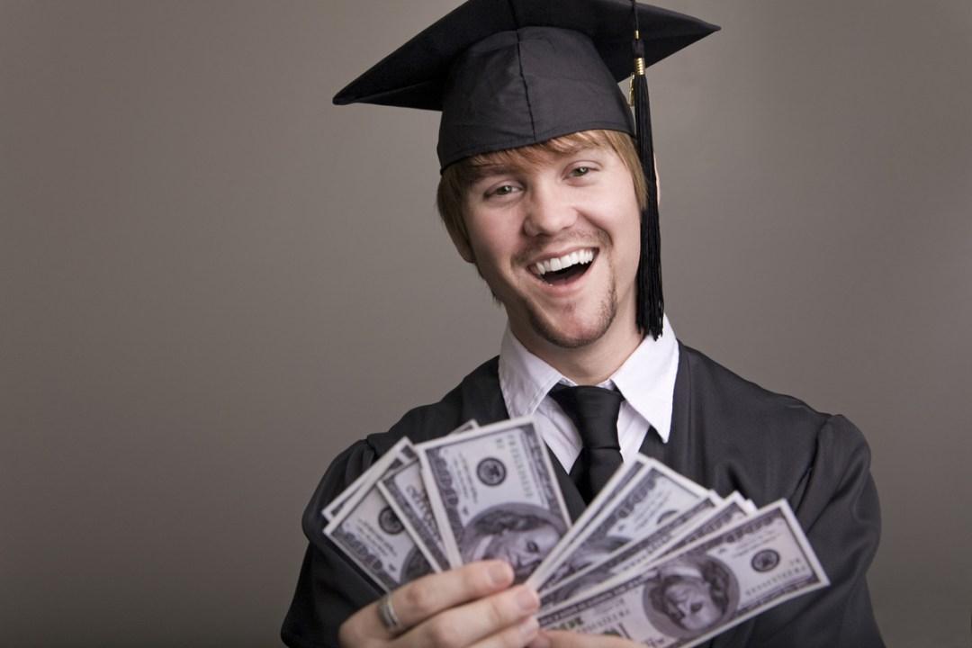 21%-estudiantes-préstamos-criptomonedas