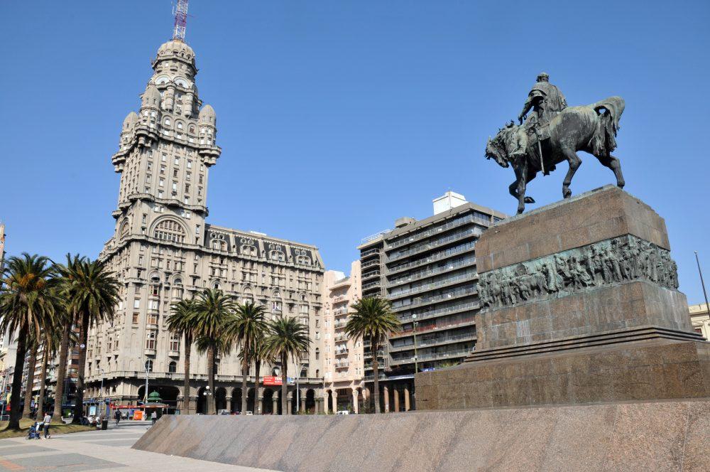 uruguay-criptomonedas-fiar-banco central-bitcoin