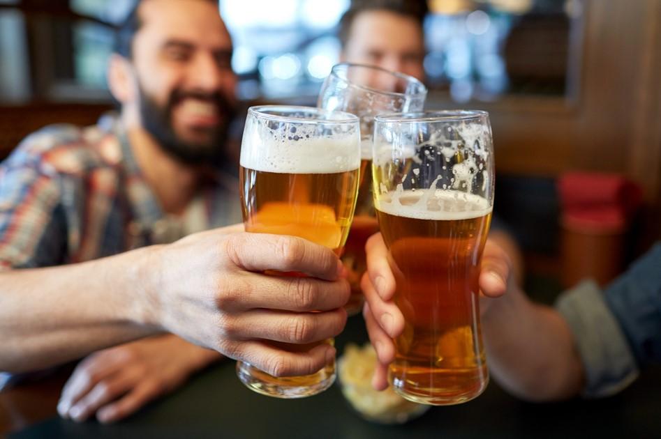 Cerveza-Máquina-Blockchain-Edad