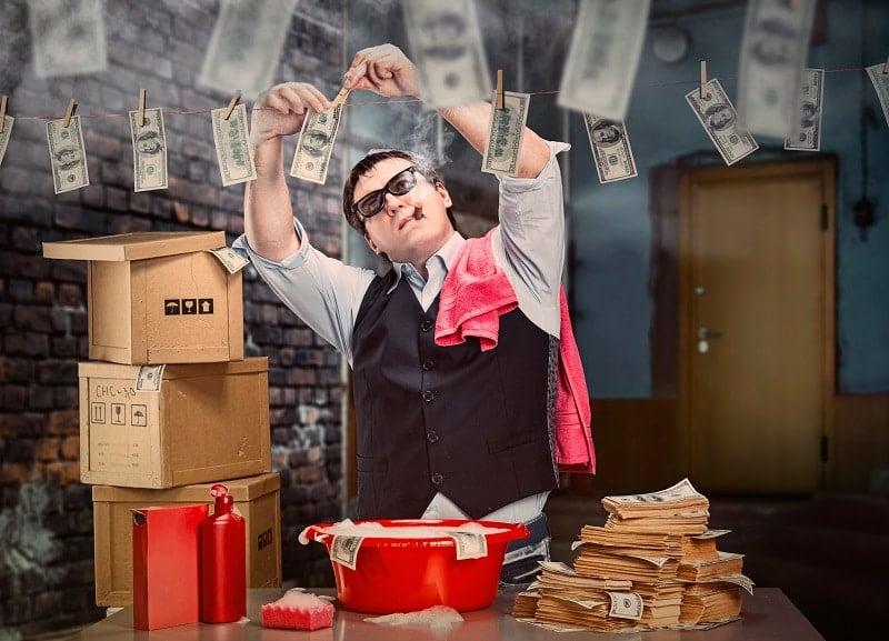 delito-criptoactivos-dolar-banco