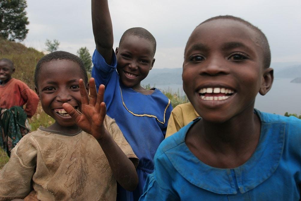 ruanda-bitcoin-buitwithbitcoin-paxful-criptomonedas-escuelas