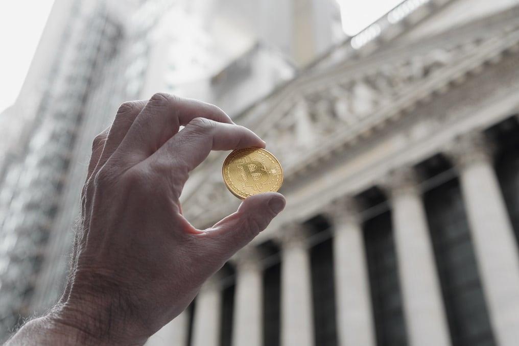bitcoin-wall street-ice-criptomonedas-descentralizacion