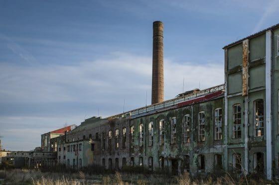 Empresa de minería de Bitcoin busca revivir un pueblo abandonado de Canadá