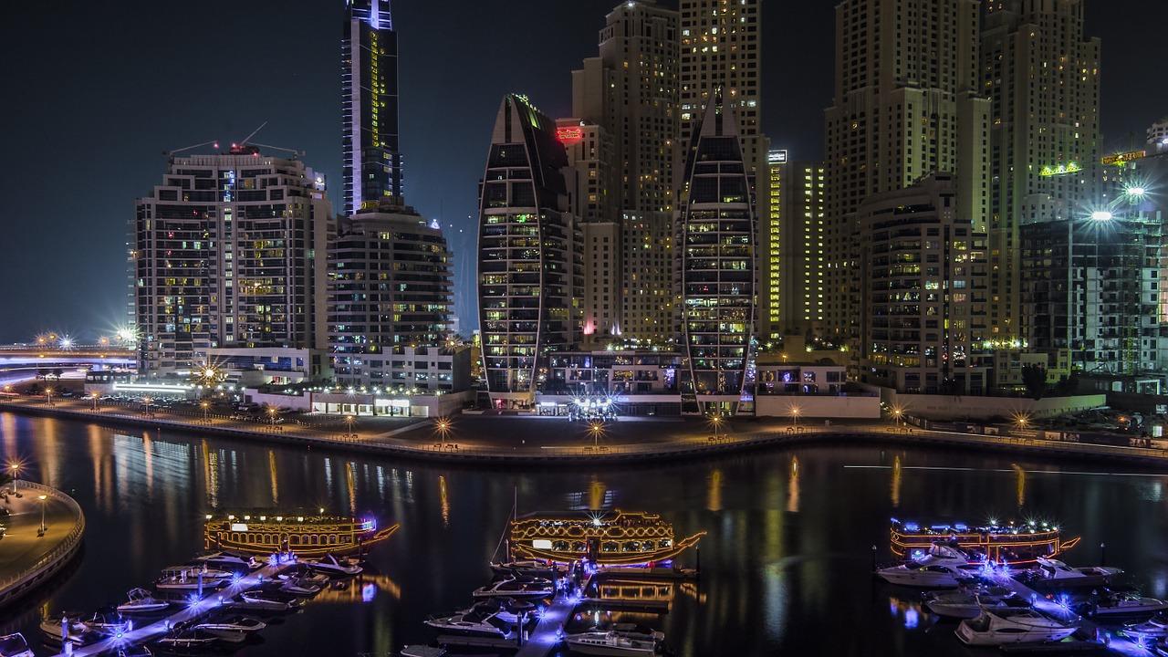 Emiratos-Árabes-ciudad-blockchain