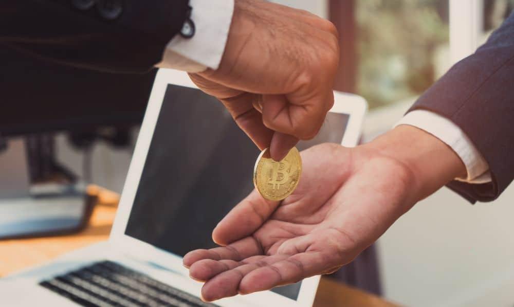 bitcoin tranzakció él