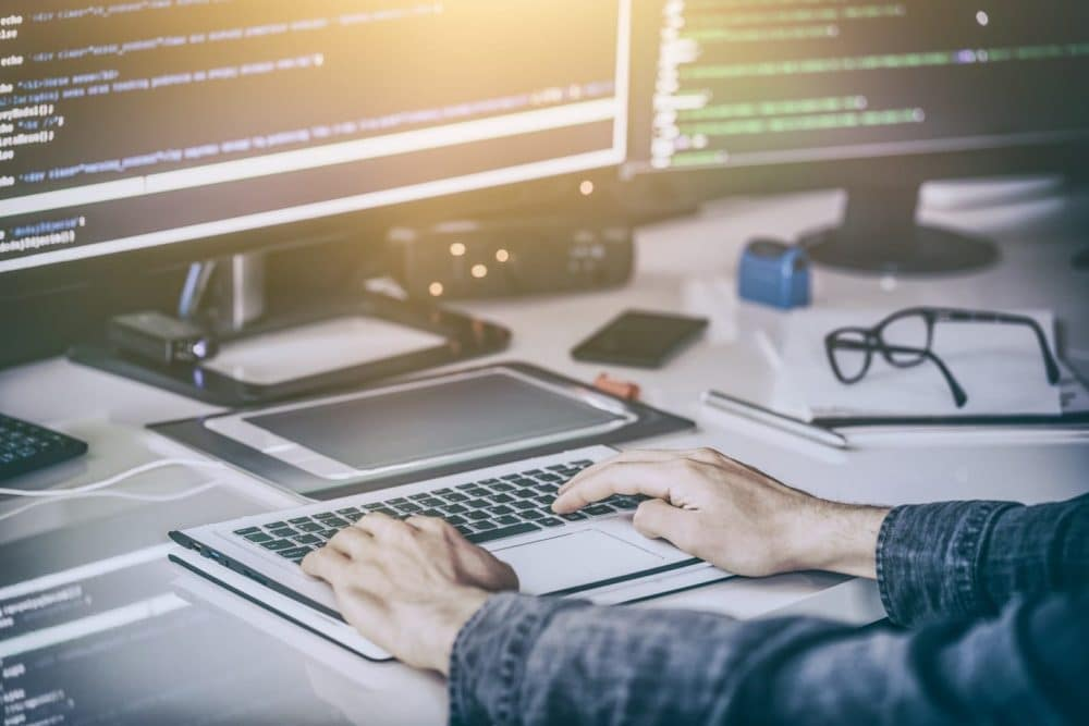 programación-tecnología-educación-blockchain