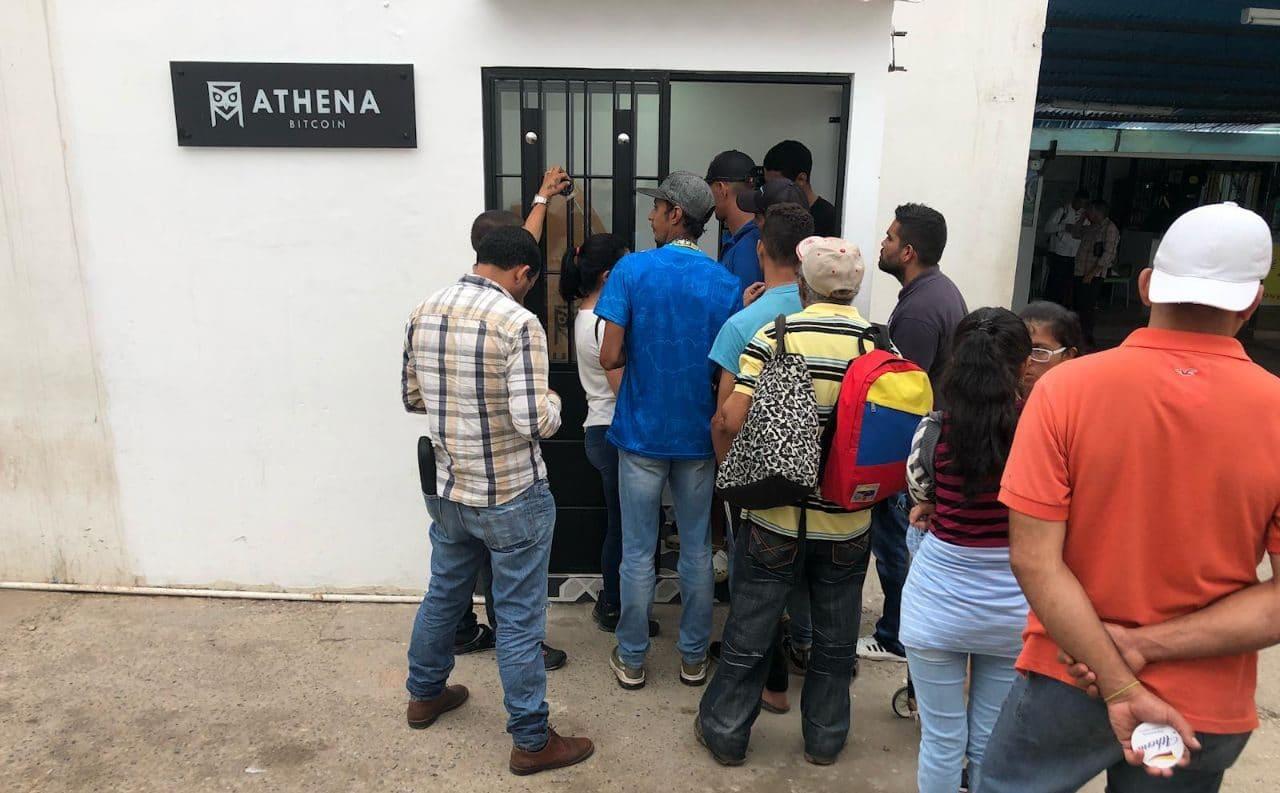 Cajero Athena Bitcoin Panda Group