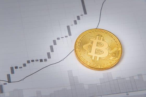 Precio de bitcoin supera los USD 5.500 en nuevo repunte del criptomercado