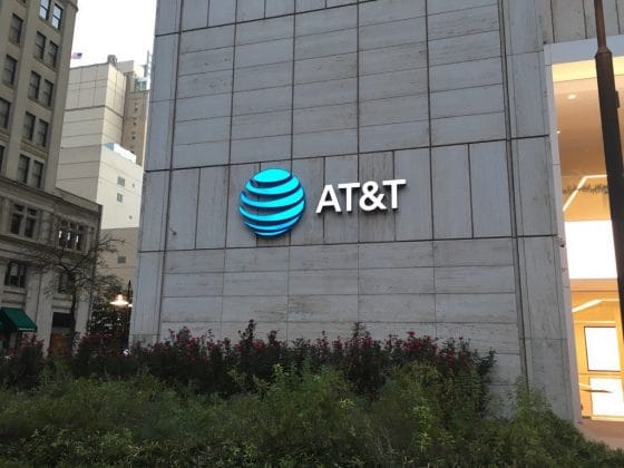 AT&T comienza a aceptar pagos con criptomonedas