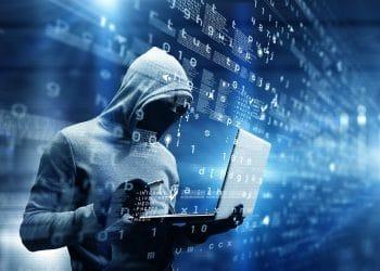 código-malicioso-duplica-cartera-papel