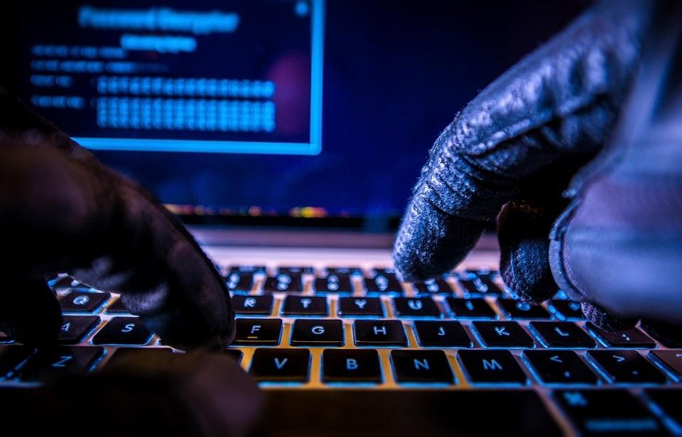 Hackers transfieren fondos robados de Binance a 7