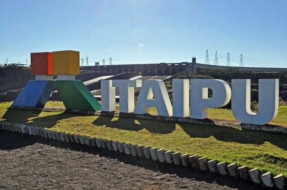 Paraguay vende excedente de energía eléctrica a empresas de minería de criptomonedas