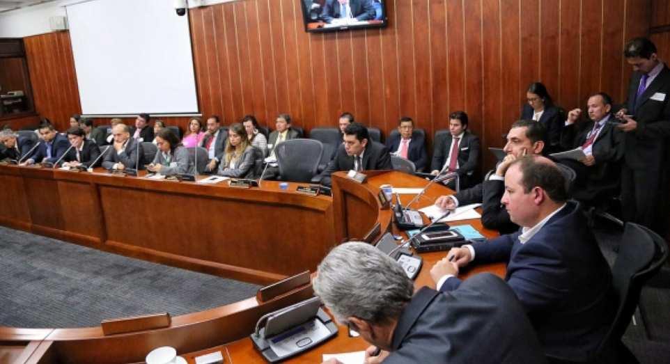 Imagen destacada por Senado de Colombia / senado.gov.co.