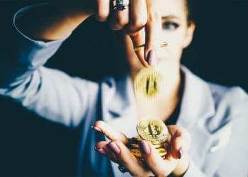 Mujer bitcoin exito