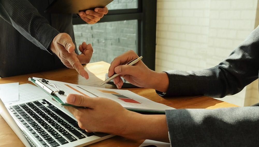 El banco planea tokenizar las colocaciones privadas después de digitalizarlas. Fuente: poungsaed_eco/elements.envato.com