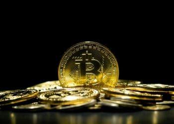 bitcoin se aerca a 7.000