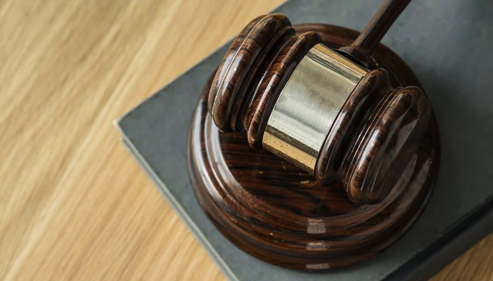Mazo judicial. Fuente: Rawpixel/elements.envato.com