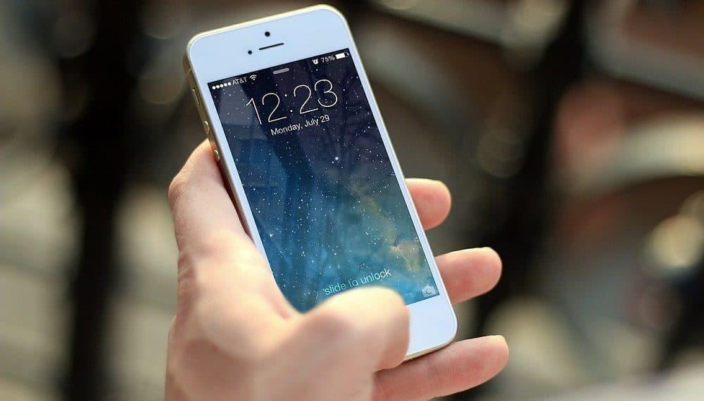 El sistema de recarga de criptomonedas está disponible en teléfonos inteligentes. Fuente: Jan Vašek /pixabay.com