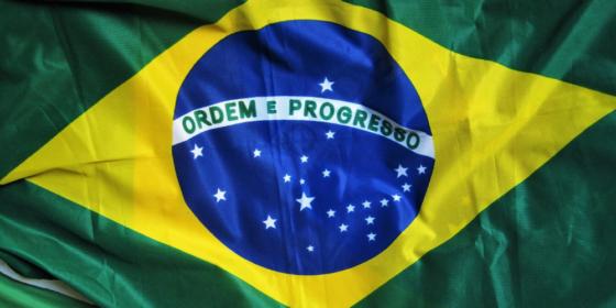 Presidente de Brasil firma decreto para la creación de una red blockchain