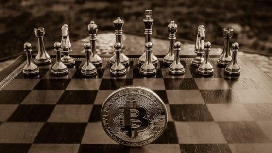 Guerra entre fabricantes de mineros de Bitcoin en aumento antes del halving