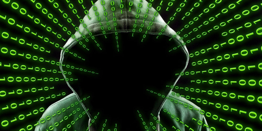Un hombre con capucha y sin identidad. Fuente: Geralt/ Pixabay.com