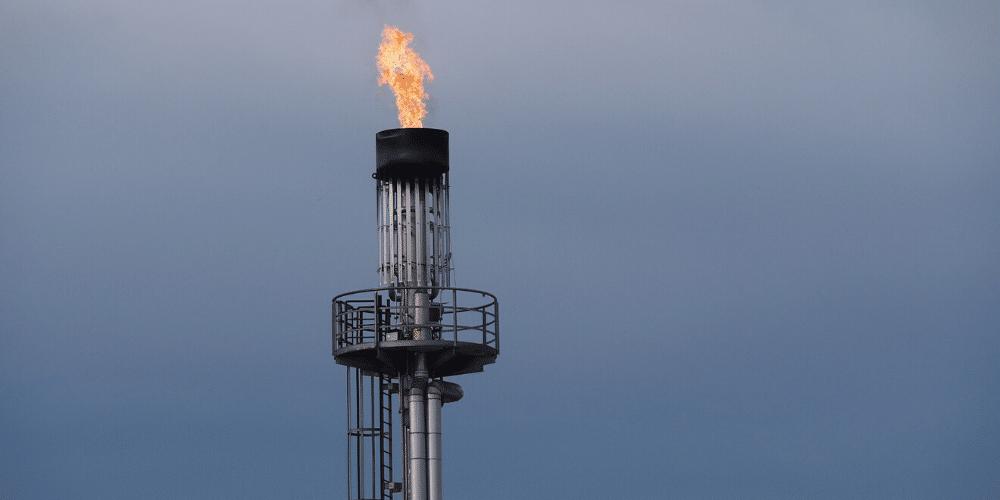 La quema de gas natural resulta altamente nociva para el medio ambiente. Fuente: Ratfink1973/ Pixabay.com