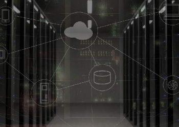 Sala de servidores. Imagen por bsdrouin / pixabay.com
