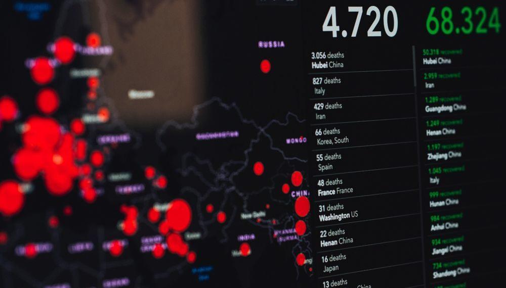 Página web que lleva el conteo en tiempo real de los casos confirmados con coronavirus y fallecidos por la pandemia. Fuente: Markus Spiske/ Pexels.com