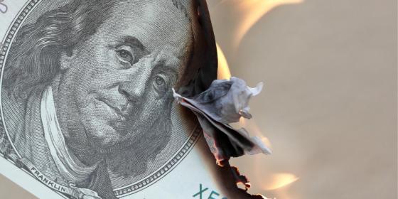 Impresión de dinero en Estados Unidos tendría un efecto «búmeran» sobre el dólar