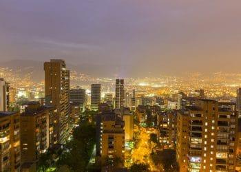 En la ciudad de Medellín se congregan un gran número de organizaciones de innovadores y emprendedores. Fuente: piccaya/elements.envato.com