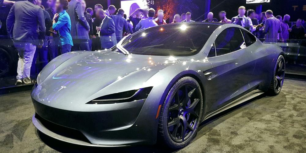 Uno de los prototipos de Tesla del año 2020. Fuente: Smnt/ Wikipedia.
