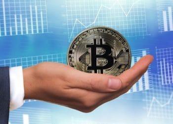 bitcoin-mano-grafica