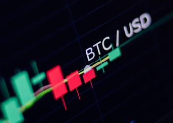 Mercado de intercambio bitcoin y dólar estadounidense. Fuente: avanti_photo/ EnvatoElements.