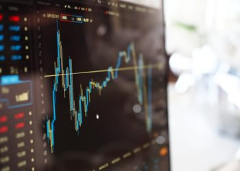 Gráfico con datos financieros. Imagen de Pexels/pixabay.com