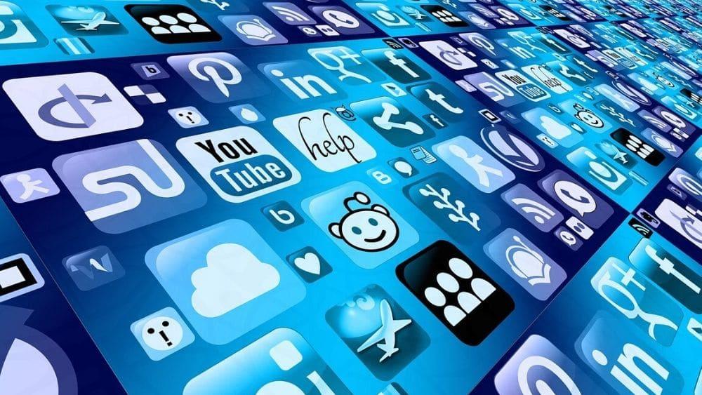 plataforma-facebook-youtube-reedit-redes-bitcoin