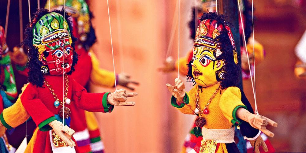 Marionetas de madera. Fuente: Free-Photos.