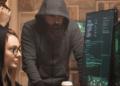 Un grupo de hackers revisan redes. Fuente: DC_Studio/ Envato Elements.