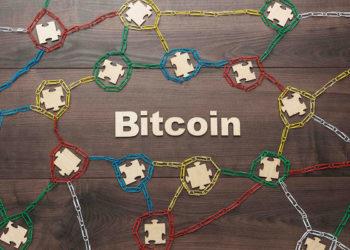 Concepto de Bitcoin y blockchain. Fuente: garloon/Envato Elements