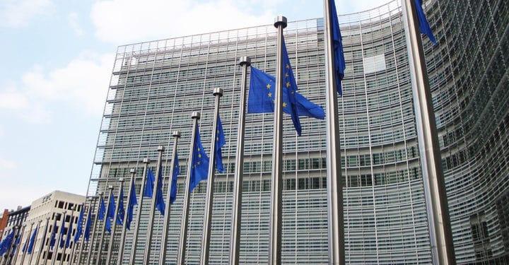 Unión-Europea-PayPal-desarrollo-criptomonedas