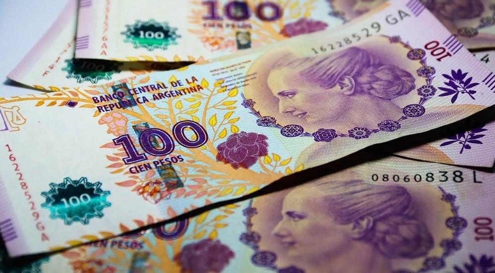 argentina devaluacion inflacion banco central bitcoin dolar peso