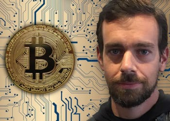 Jack Dorsey con un fondo de red bitcoin