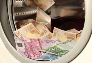 monedas fiduciarias fechorias criminales