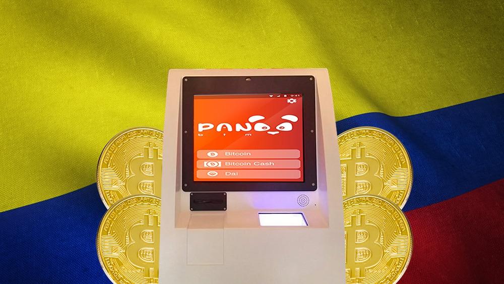 cajero de bitcoin de Panda BTM frente a bandera de Colombia. Composición por CriptoNoticias. wirestock / Freepik.com; PandaBTM / pandabtm.io; Steemit / steemit.com