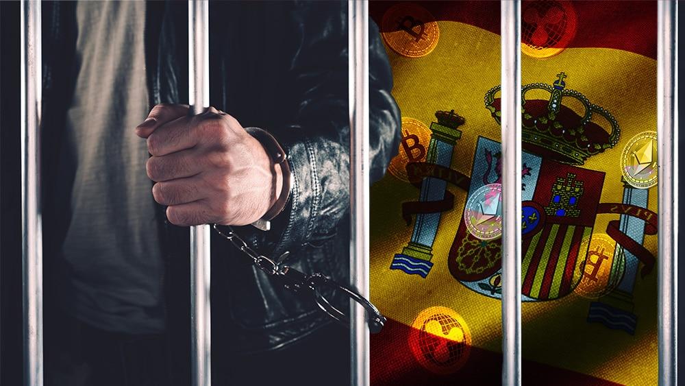 Hombre tras las rejas con bandera de España y criptomonedas en el fondo. Composición por CriptoNoticias. stevanovicigor / elements.envato.com; wirestock / Freepik.com; @iuriimotov / Freepik.com