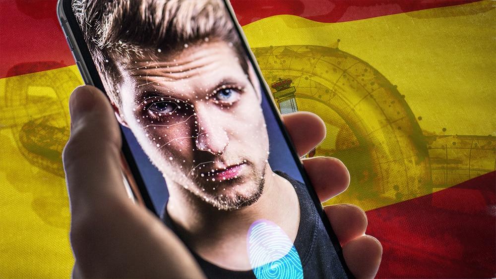 Reconocimiento facial y huella dactilar en pantalla de teléfono con bandera de España y blockchain en el fondo. Composición por CriptoNoticias. wirestock / Freepik.com; iLexx / elements.envato.com; Freepik / Freepik.com; halfpoint / elements.envato.com